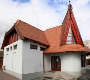 Új templom előlnézet